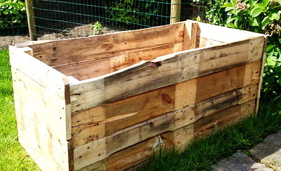 DIY Garden Planter Made From A Pallet_02