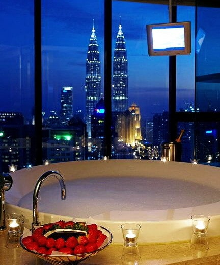 ... Ultra Luxury Bathrooms With A View_06 ...