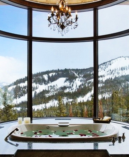 Ultra Luxury Bathrooms With A View_07