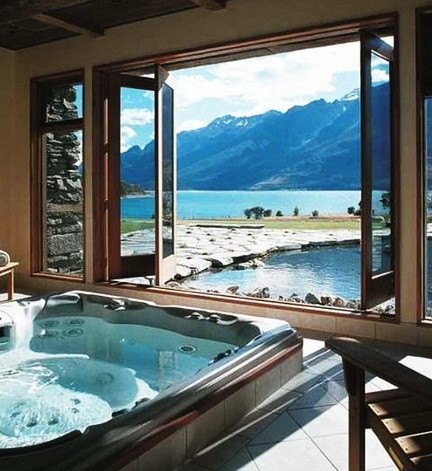 Ultra Luxury Bathrooms With A View_15
