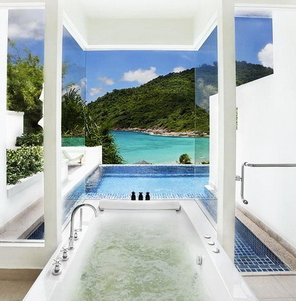 Ultra Luxury Bathrooms With A View_16