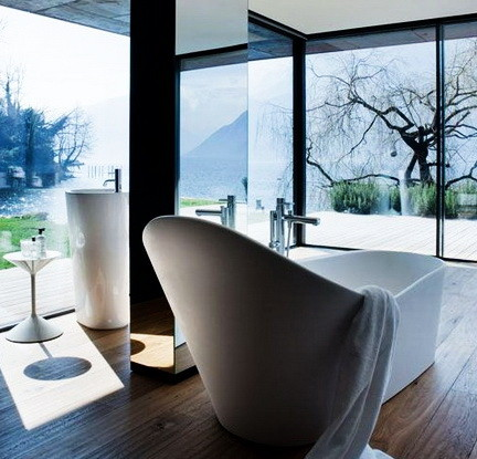 Ultra Luxury Bathrooms With A View_24