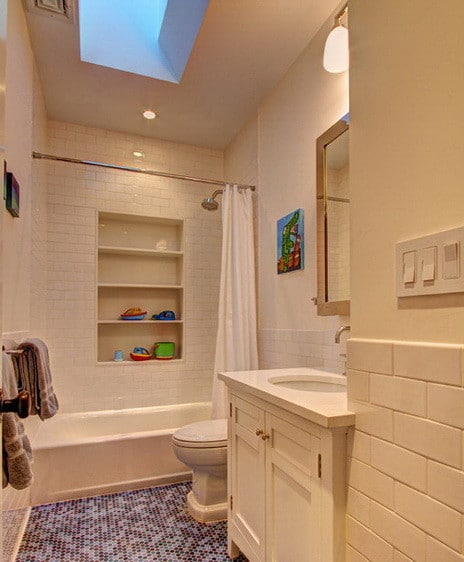 30 Bathroom And Shower Storage Ideas_17