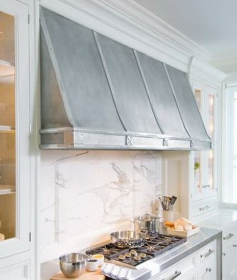40 Kitchen Vent Range Hood Design Ideas_11