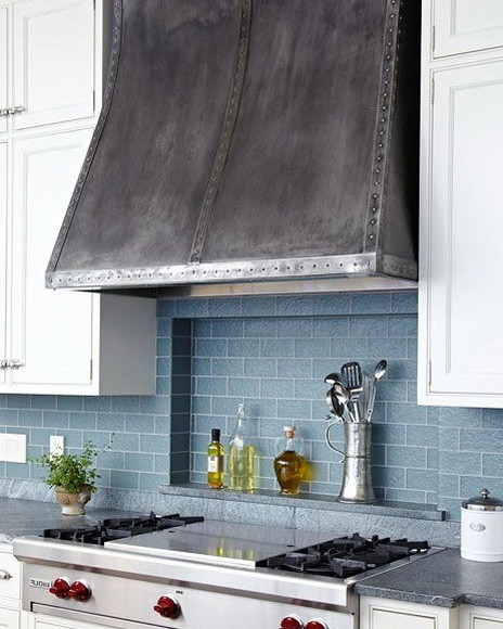 40 Kitchen Vent Range Hood Design Ideas on thermador range