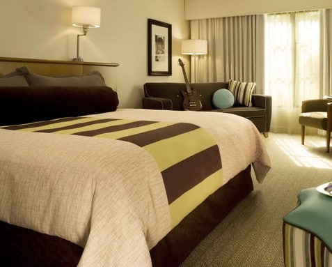 30 Hotel Style Bedroom Ideas