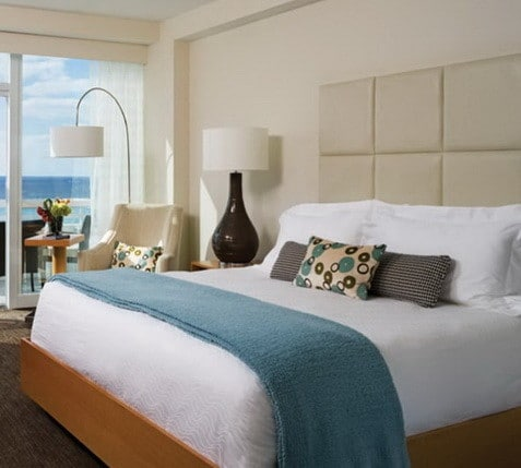 30 Hotel Style Bedroom Ideas_17