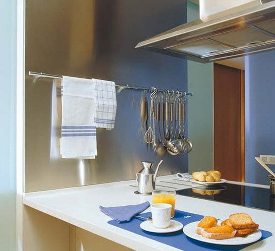 Kitchen Rail Storage Ideas_12